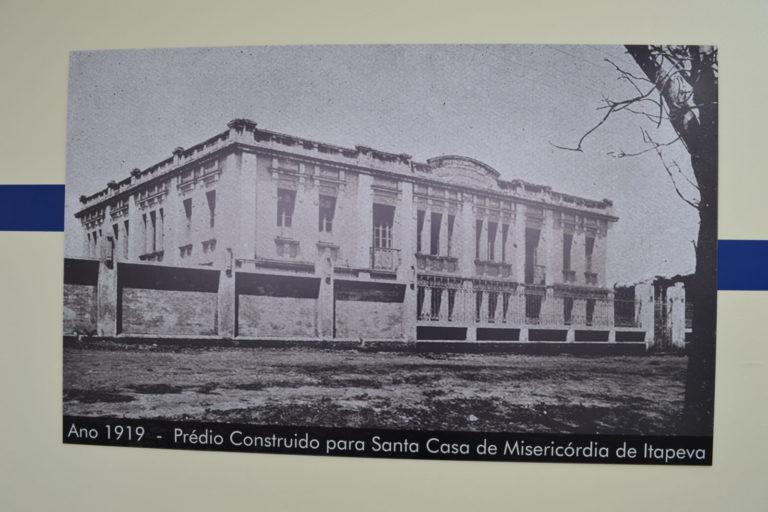 Exposição fotográfica celebra a história da Santa Casa