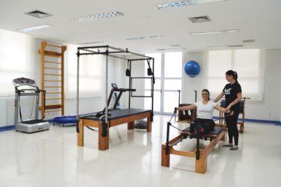 Pratique Pilates na Unidade de Fisioterapia da Santa Casa